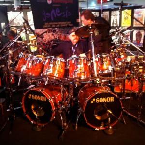 Bobby @ Chester Thompson's old Drumset